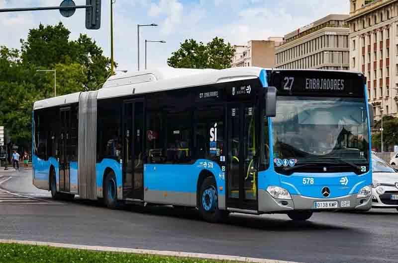 Agresión racista a una mujer en un bus de Madrid