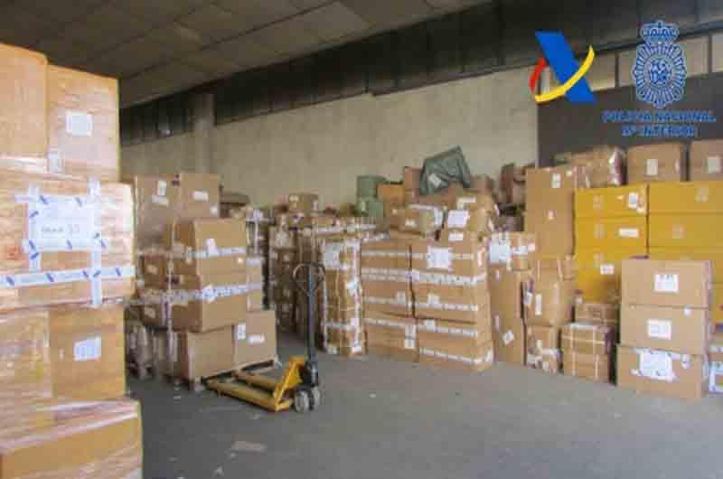 Intervenidos 65.000 juguetes falsos en una nave industrial de Fuenlabrada