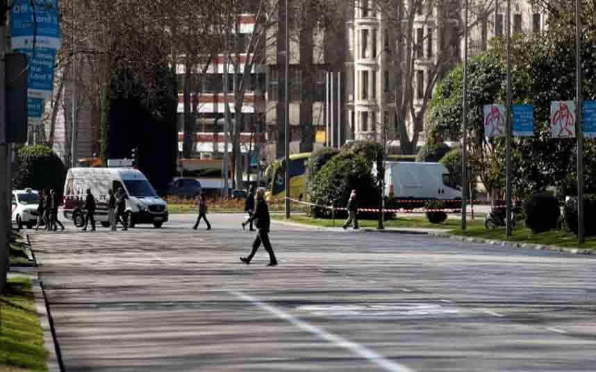 Madrid llega casi a los 2000 casos de coronavirus y se plantea imponer más restricciones