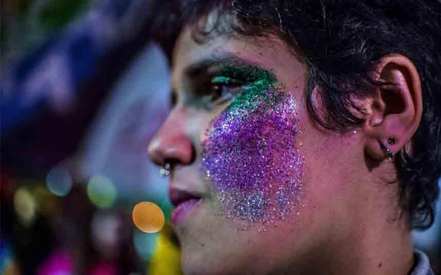 ¿Por qué no es suficiente prohibir la 'terapia de conversión' anti-LGTBI