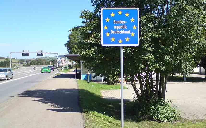 Bruselas propone una desescalada en 3 fases para abrir las fronteras