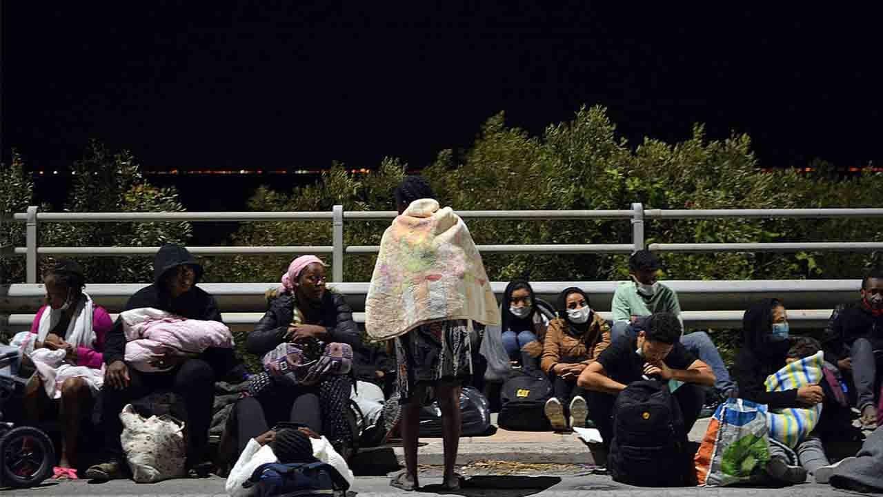 Vuelve a arder el campo de refugiados de Moria