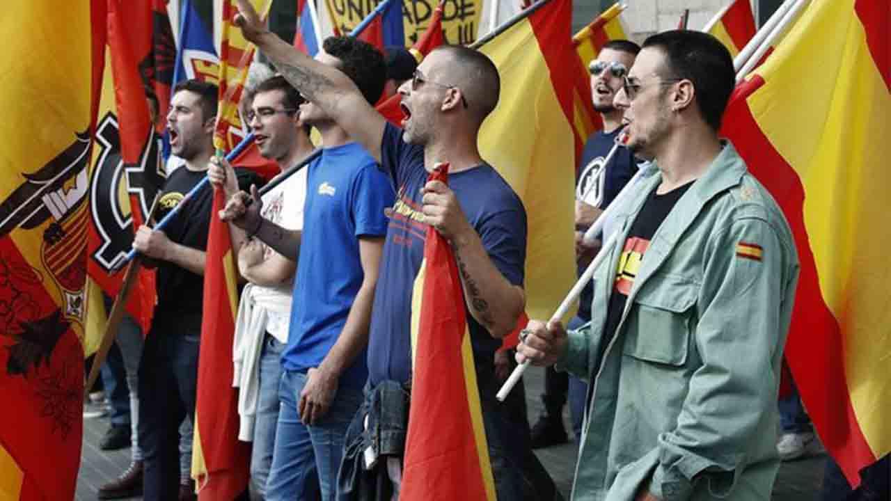 Cómo se organiza la extrema derecha en Catalunya