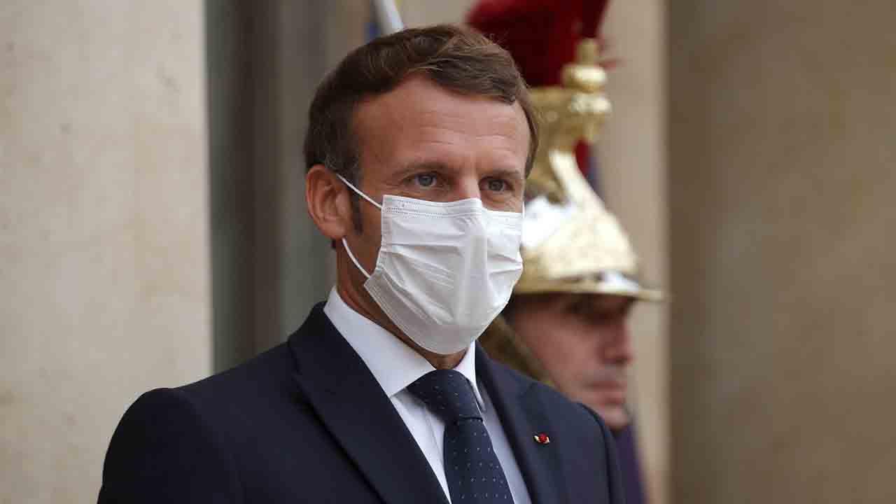 Emmanuel Macron anuncia ayudas de hasta 10.000 euros al mes para los autónomos