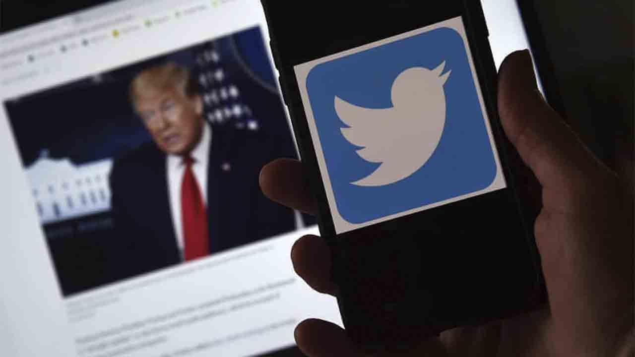 Facebook y Twitter toman medidas contra las afirmaciones de falsa victoria de Trump