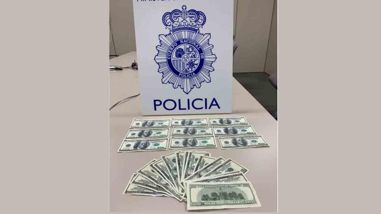 La Policía Nacional detiene a dos personas por distribuir billetes falsos en Córdoba