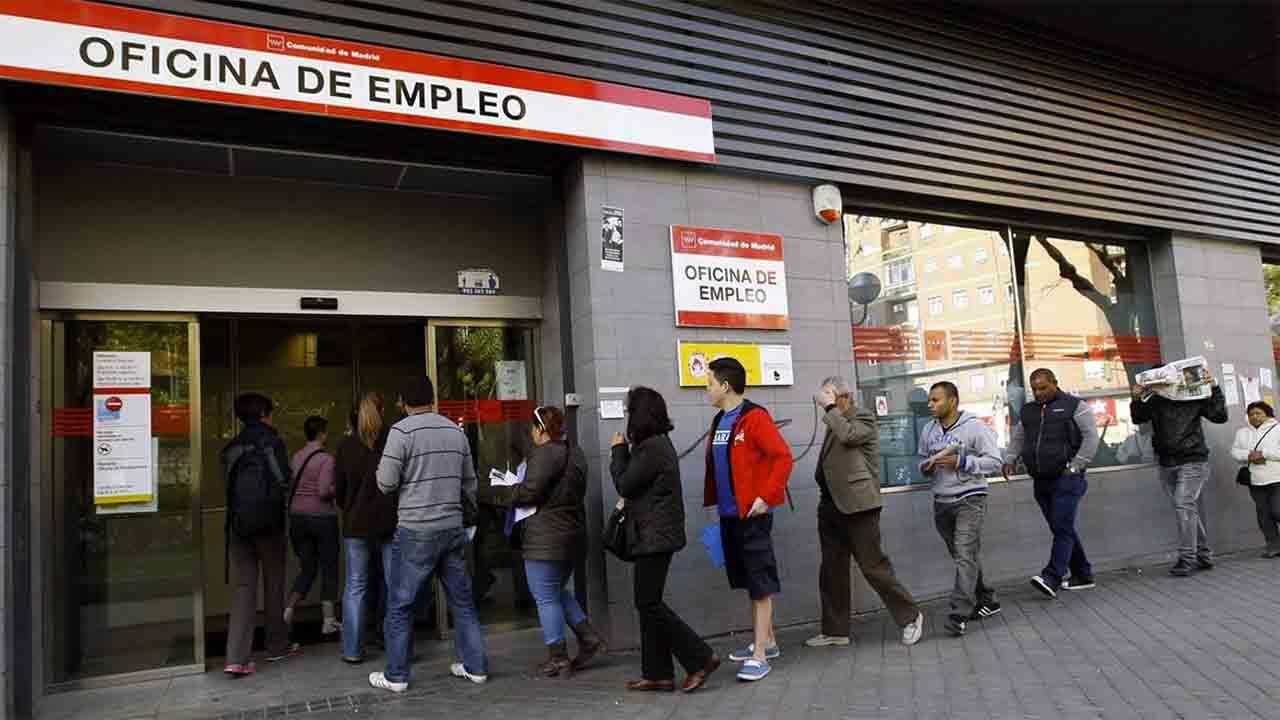 Quien haya agotado las prestaciones podrá solicitar un nuevo subsidio de 430 euros