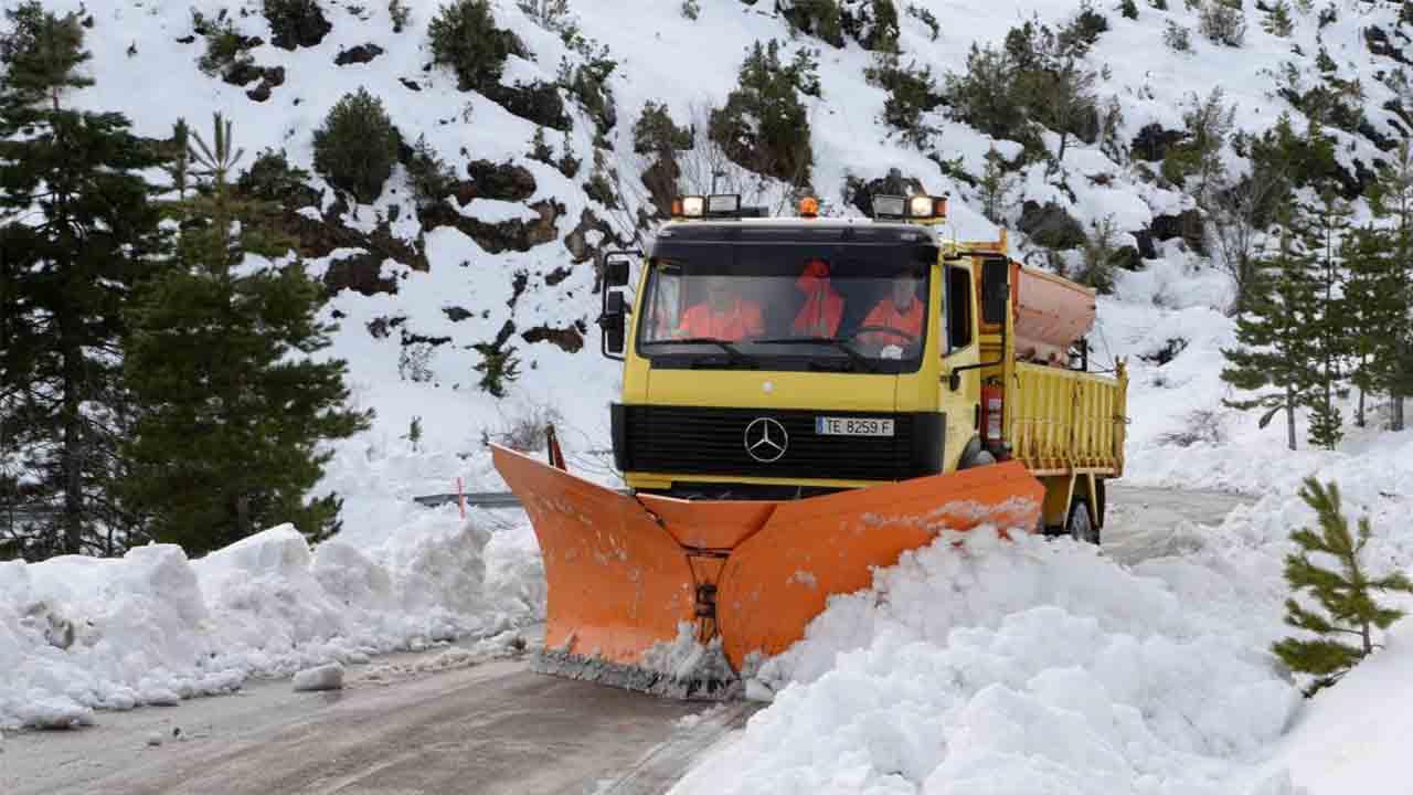 197 máquinas quitanieves hacer frente a las nevadas en Aragón