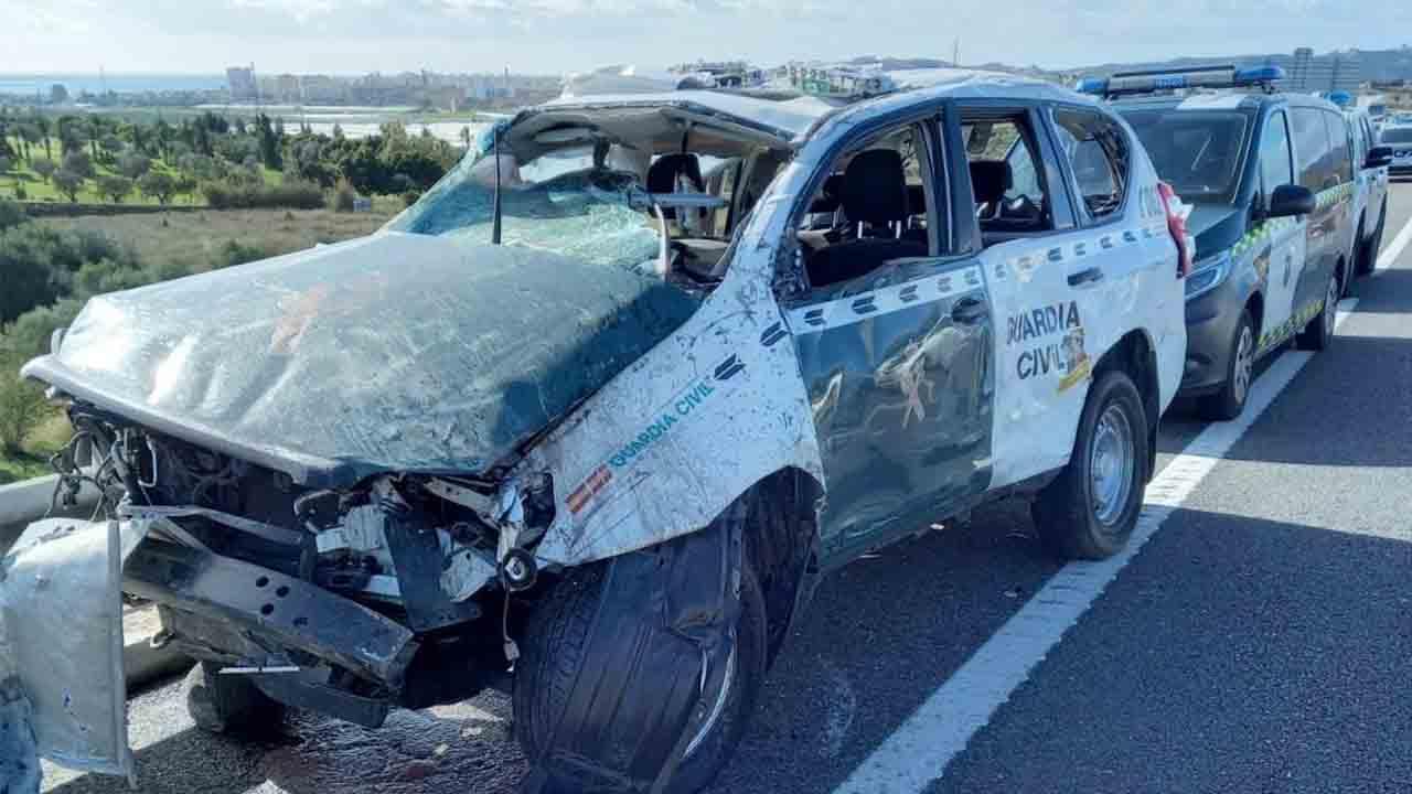 Detenido el conductor que embistió a un coche de la Guardia Civil en Málaga