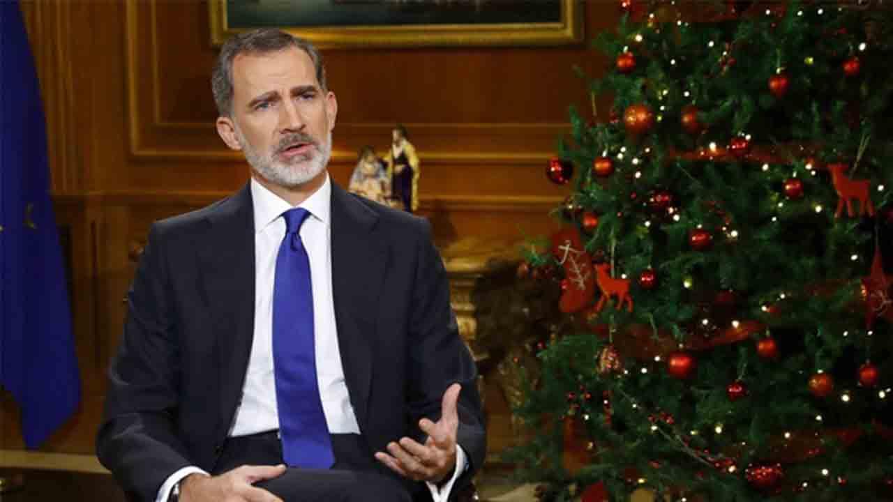 El rey esquiva los escándalos de su padre en el discurso de Nochebuena
