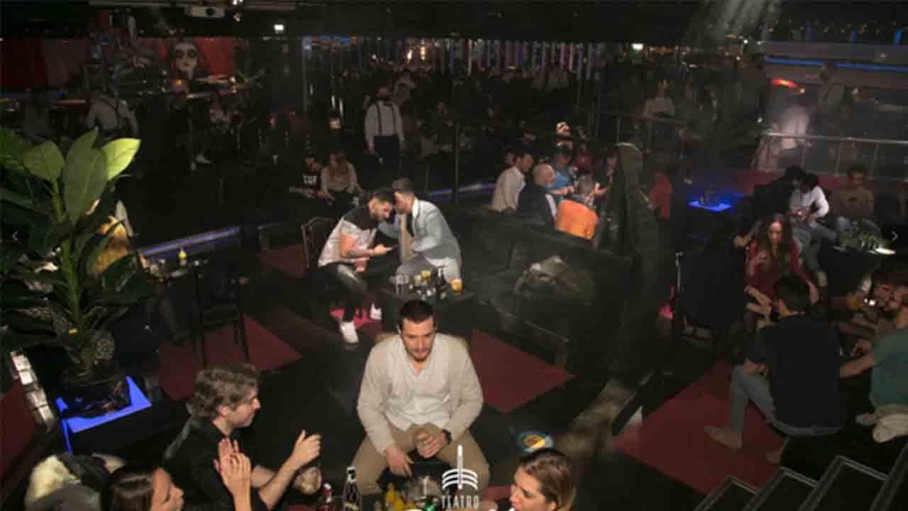 Facua denuncia al Teatro Barceló por la fiesta del jueves