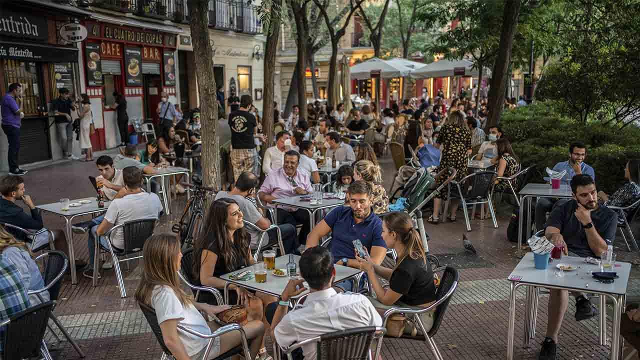 La Comunidad de Madrid notifica 955 nuevos positivos y 45 fallecidos en 24 horas