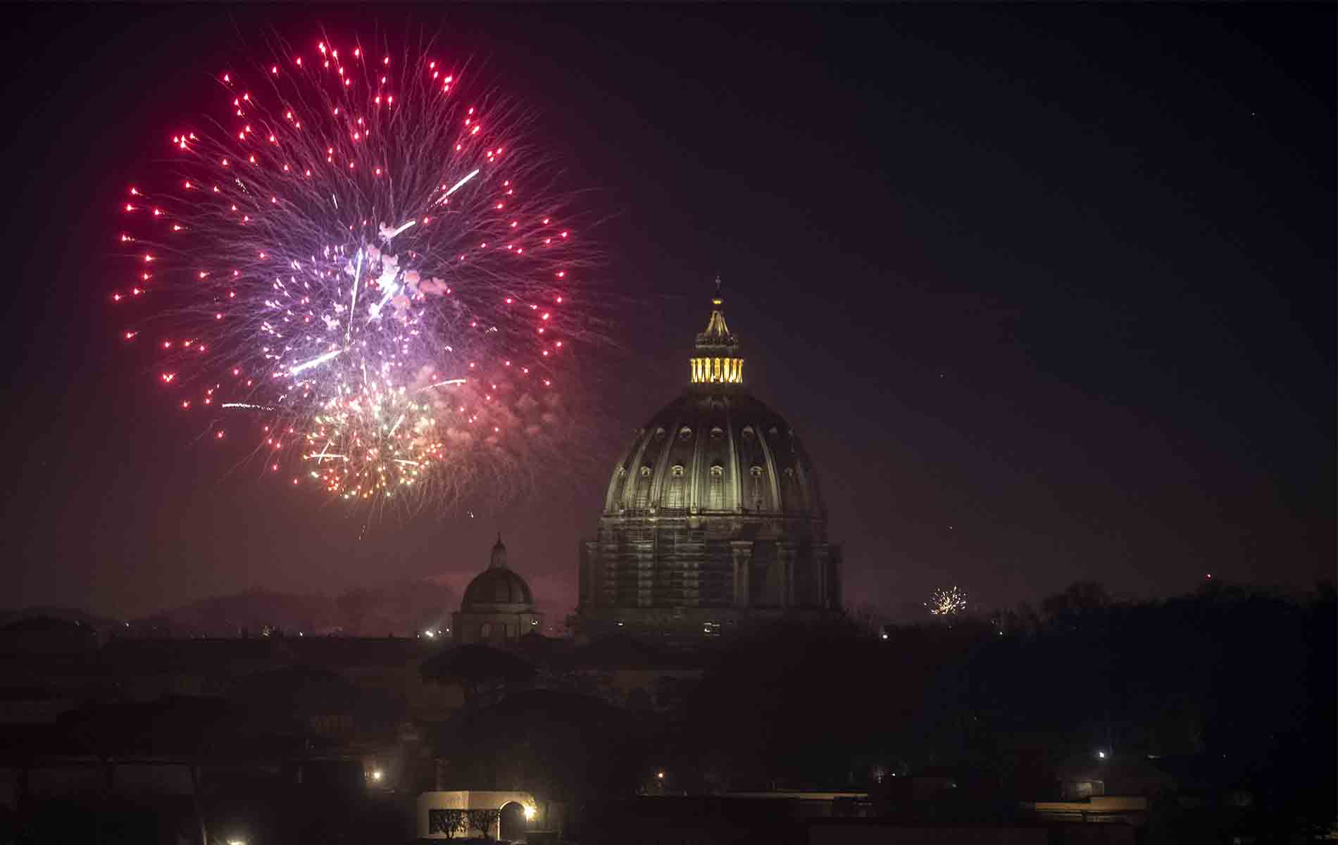 Fuegos artificiales en Roma - Nuevo año 2021