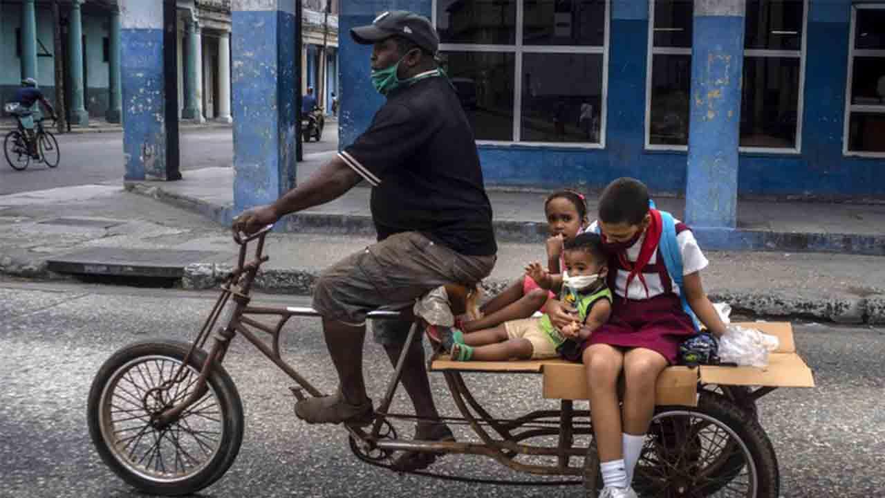 Trump vuelve a golpear a Cuba con nuevas sanciones
