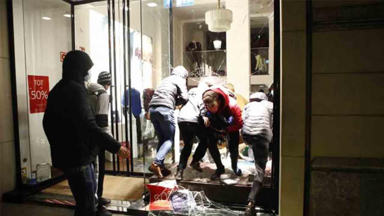 38 detenidos en Barcelona durante los disturbios y actos vandálicos