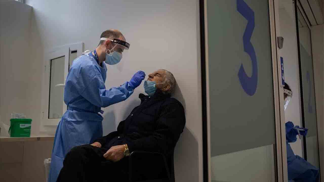 España suma 11.435 nuevos casos de Covid y 397 muertos en 24 horas