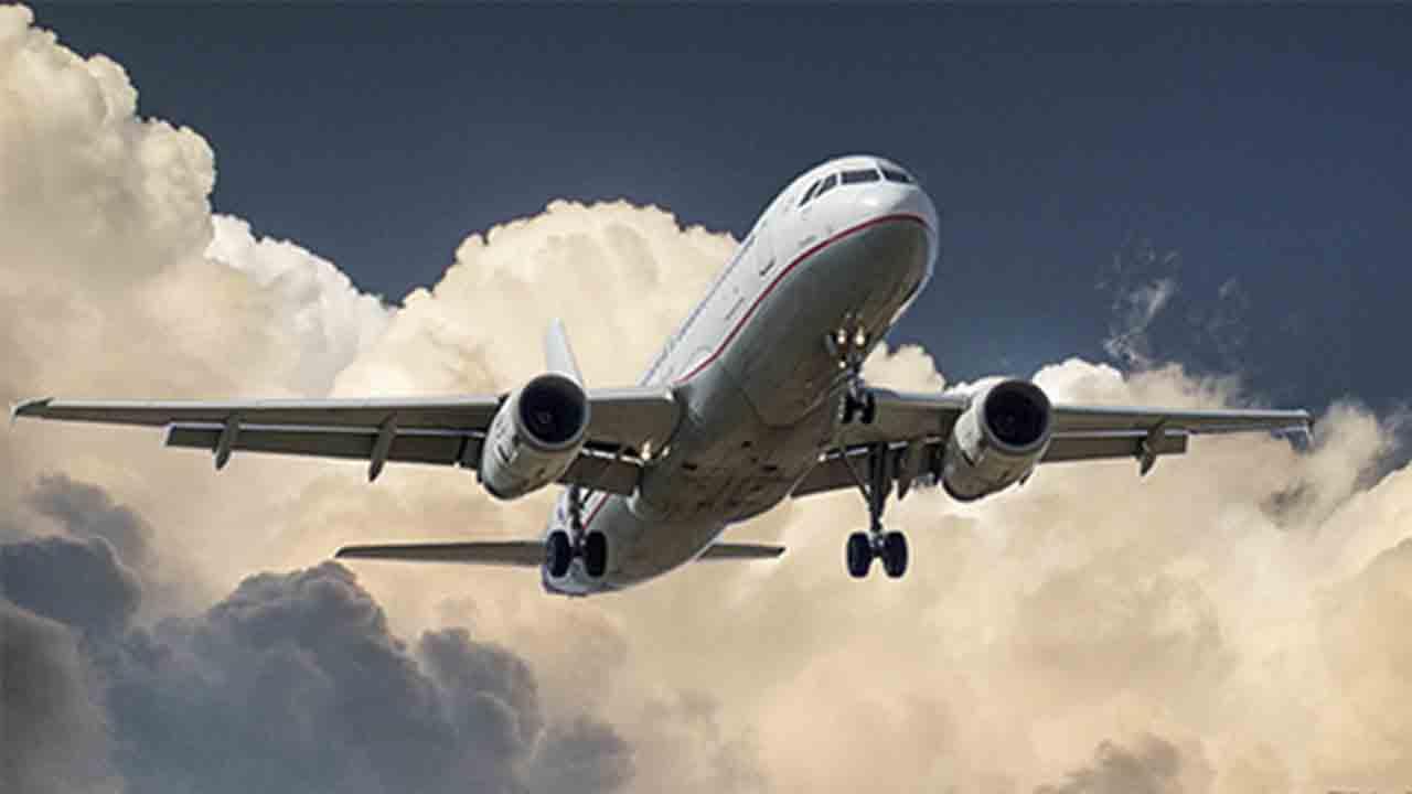 Gobierno, patronal y sindicatos aprueban un Plan de Choque para el sector aeronáutico