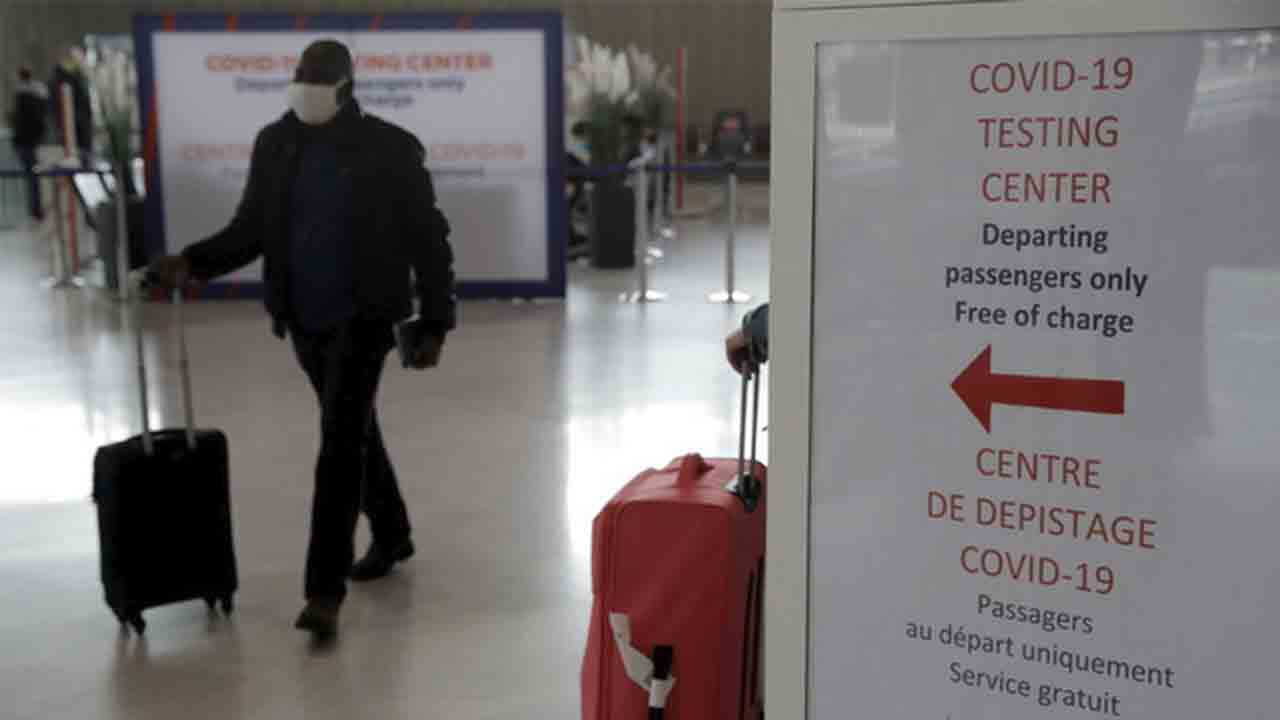 La UE quiere tener un pasaporte de vacunación para poder viajar en verano