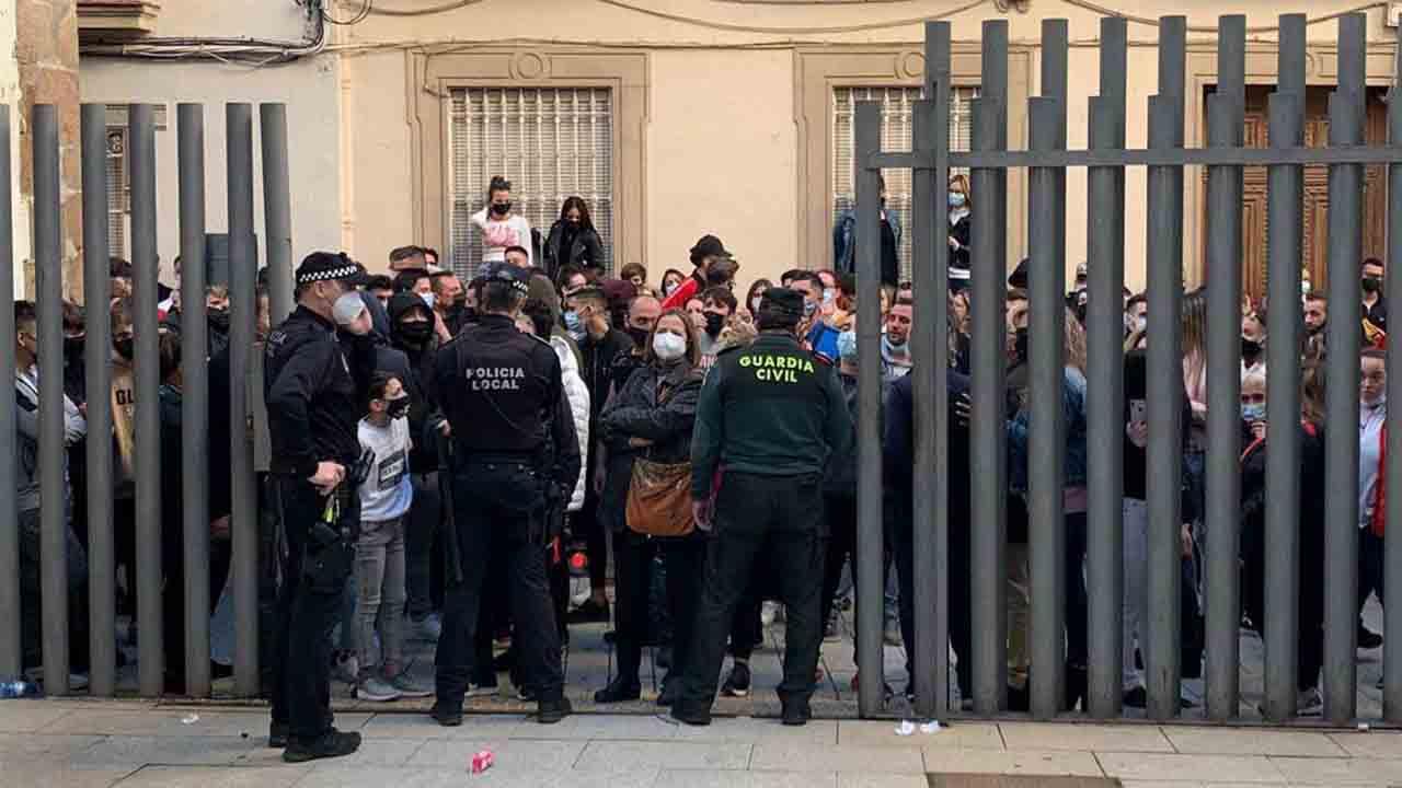Prisión sin fianza para los dos policías detenidos en Linares