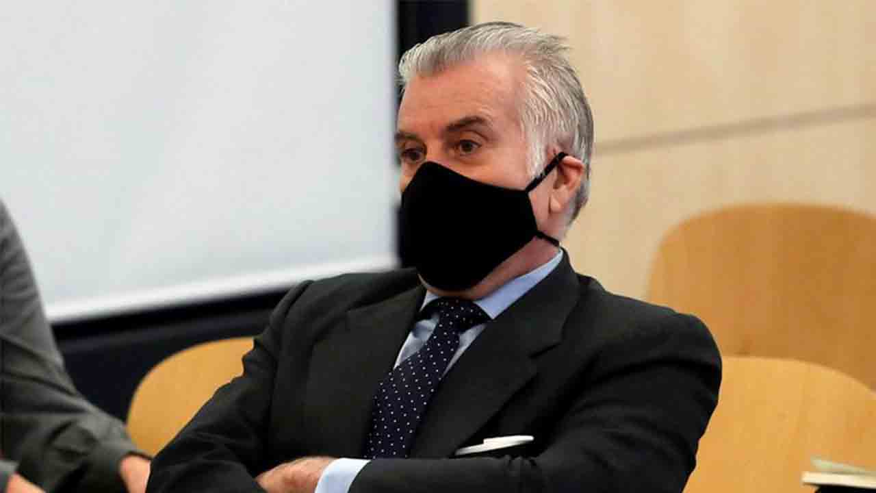 Bárcenas acusa al PP de blanquear dinero en efectivo en forma de donativos