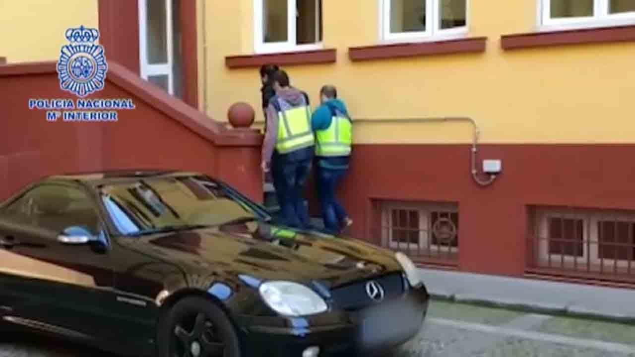 Desarticulada una organización dedicada al robo de vehículos de alta gama en Portugal