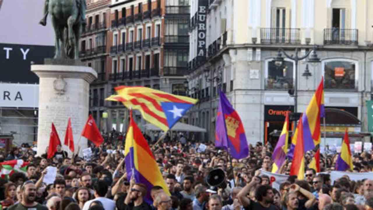 Juicio a seis jóvenes de Madrid por haberse solidarizado con el 1-O de Cataluña