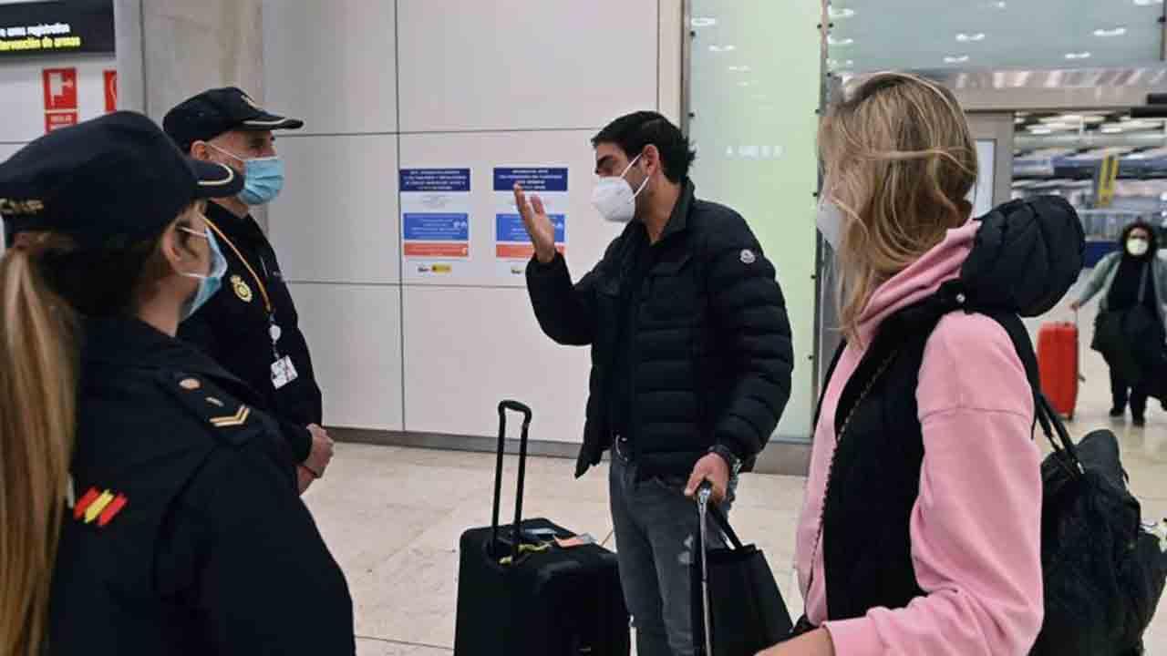 Siguen las restricciones en la entrada a los aeropuertos de España