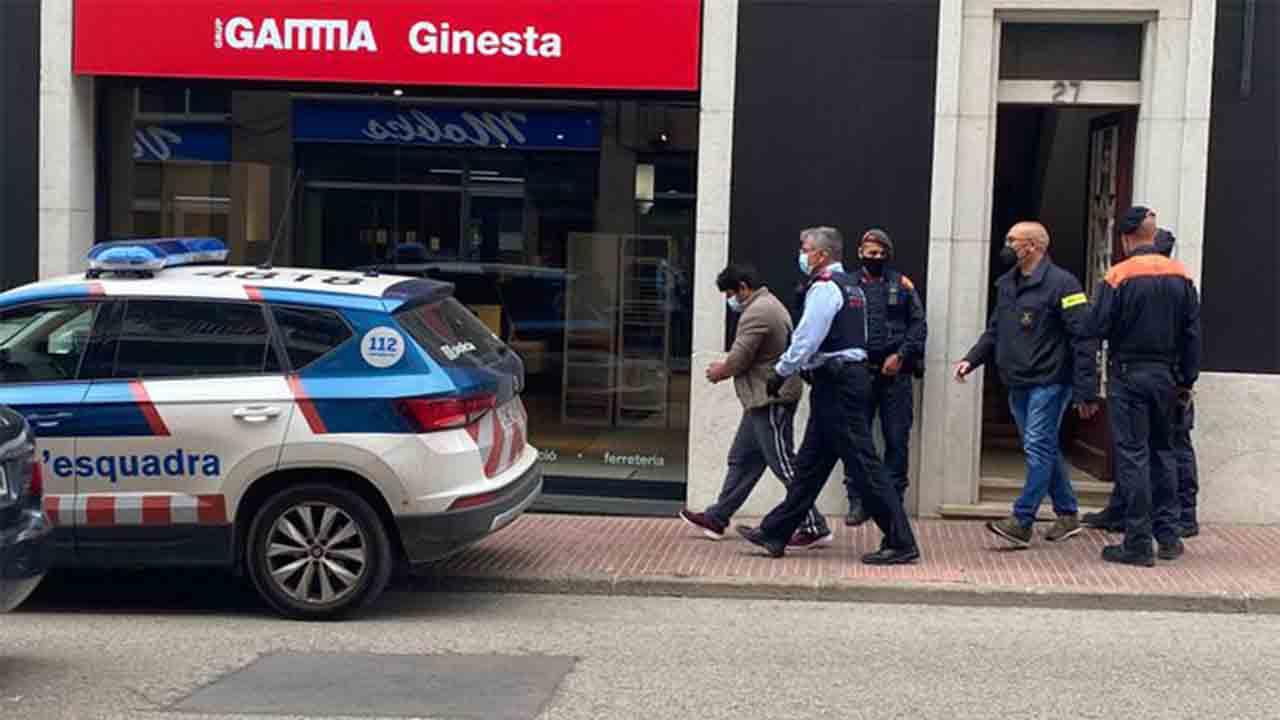 200 detenidos de una red que falsificaba carnés de conducir