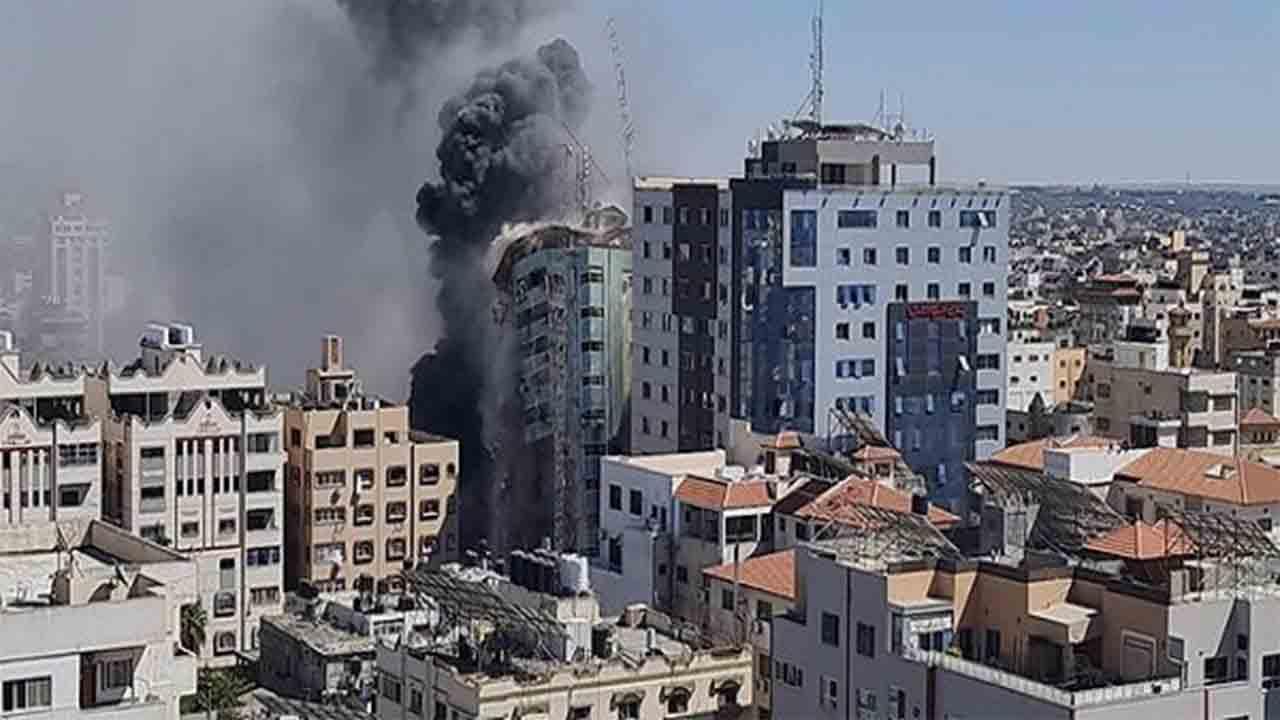 Israel destruye las oficinas de Al-Jazeera y Associated Press