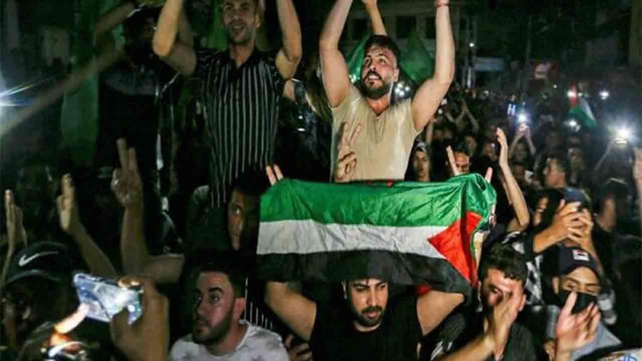 Palestina celebra el comienzo del alto el fuego en Gaza