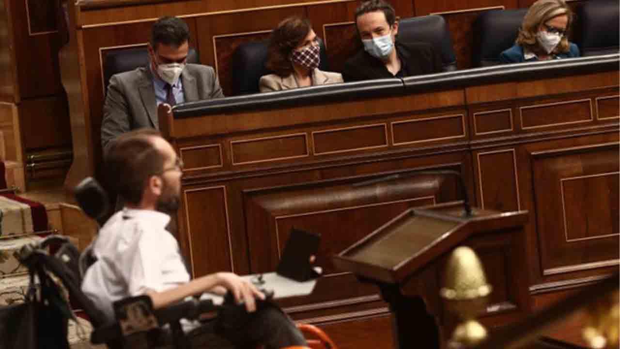 Unidas Podemos exige a Hacienda datos de los impuestos autonómicos